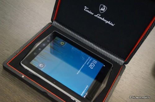 Tablette en carbone Lamborghini L2800