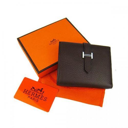 Plusieurs portefeuilles de la marque Hermès