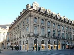 Louis Vuitton installe une boutique au 23 Place Vendôme