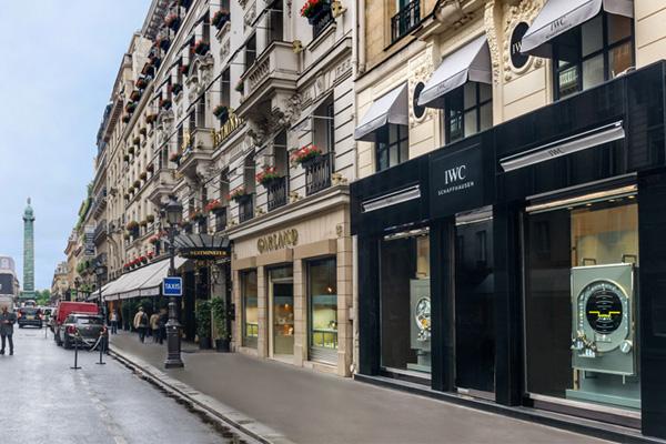 IWC ouvre une boutique à Paris