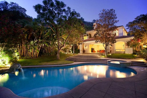Sharon Stone's Beverly Hills Mansion Listied on Sale for $7.5 Million