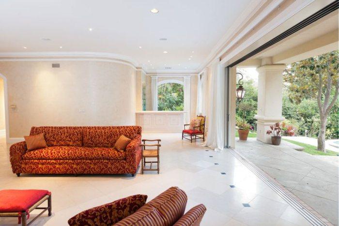 Villa de Sharon Stone à Beverlly Hills : l'intérieur