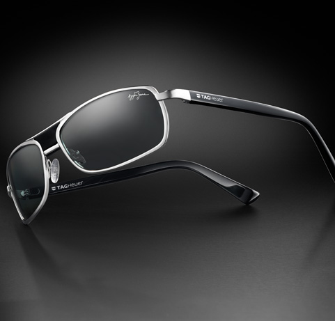 les lunettes de soleil tag heuer eyewear hommage ayrton. Black Bedroom Furniture Sets. Home Design Ideas
