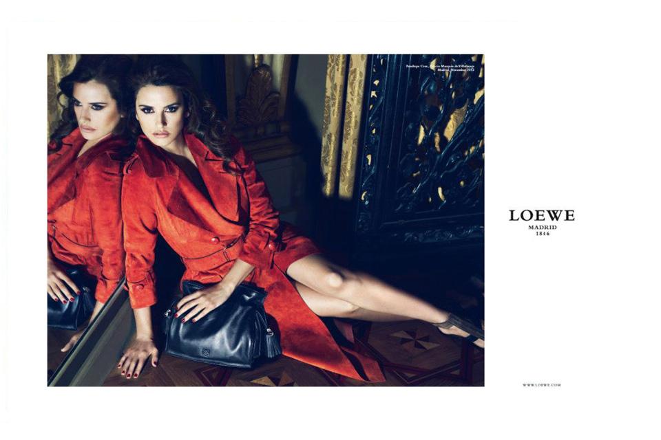 Penelope Cruz égérie collection printemps-été Loewe