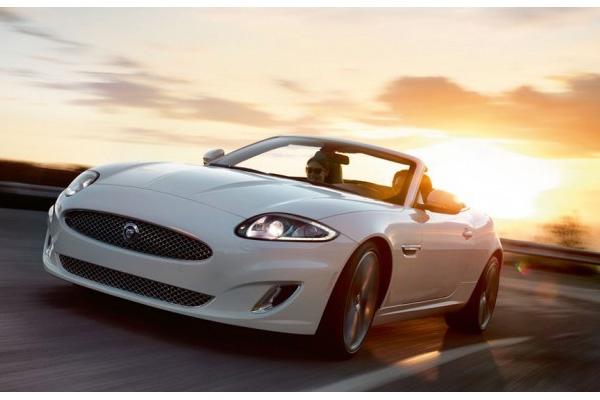 Jaguar dévoile son nouveau cabriolet XK Portfolio