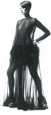 Robe en mousseline noire transparente YSL