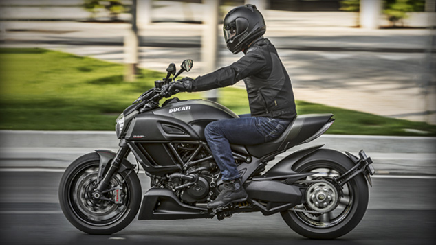 Moto Ducati Diavel