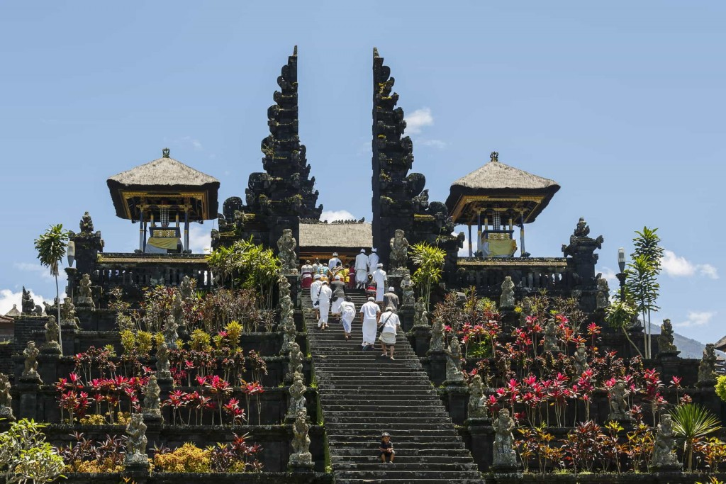 Besakih-Bali-Indonesia-Pura-Besakih
