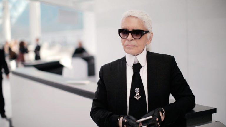 "Karl Lagerfeld : retour sur la vie du ""Kayser"" de la mode"
